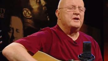 Warning over possible ticket scam for sold-out Christy Moore concert