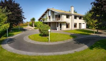 PROPERTY WATCH: Incredible home in Tullamore is now up for sale - Take a look around