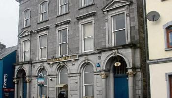 'A sad day' - 2 Bank of Ireland branches close their doors in Carlow today for the last time