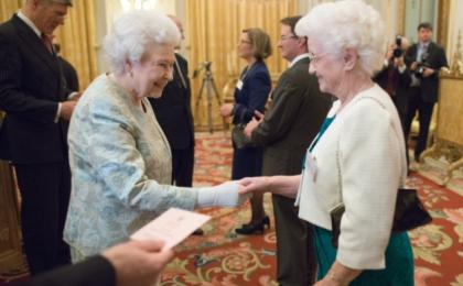 Senior Dating for Singles over 50 at brighten-up.uk