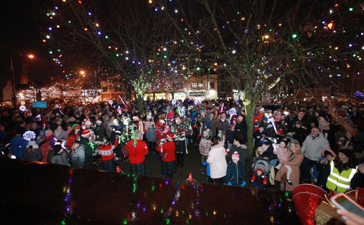 GALLERY: Thousands gather for start of County Carlow – A Festive Family Experience